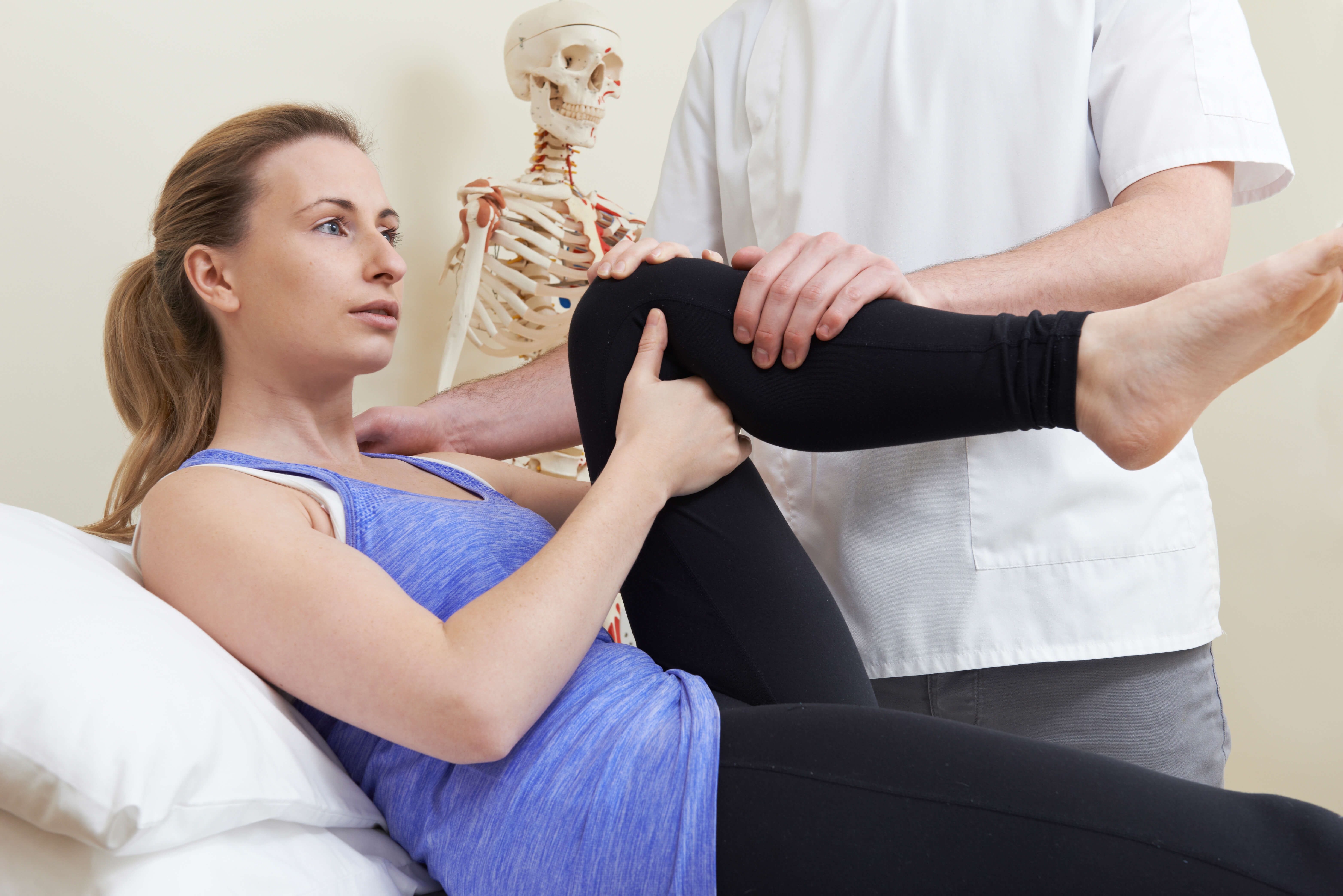 Relieve your knee and hip pain with physical therapy